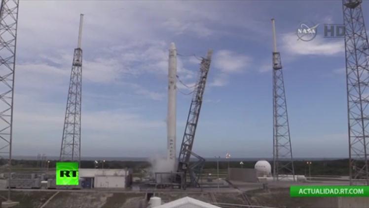 Suspenden el lanzamiento de la cápsula no tripulada Dragon de SpaceX