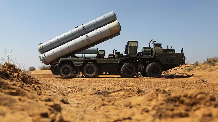 """'Foreign Policy': """"Putin no permitirá restricciones de compra de armas contra Irán"""""""