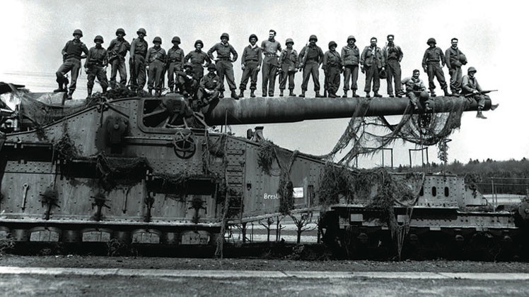 Hitler creó el arma más grande jamás construida, el mayor desastre de su arsenal