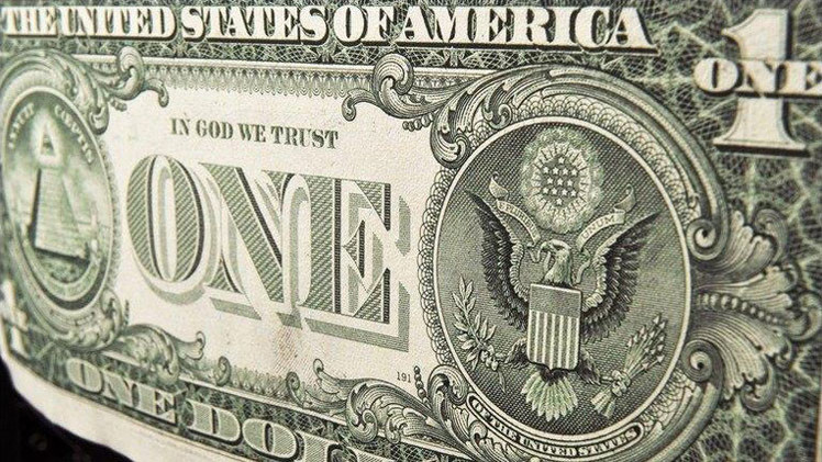 """Ron Paul: """"El dólar llevará a EE.UU. a una catastrófica crisis financiera"""""""
