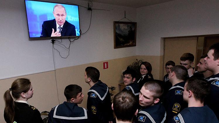 Las mejores citas de Vladímir Putin durante su 'Línea directa' de 2015