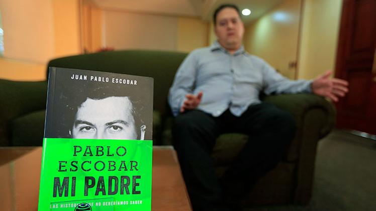 """El hijo de Pablo Escobar cuenta la """"verdadera historia"""" de su padre en un libro"""