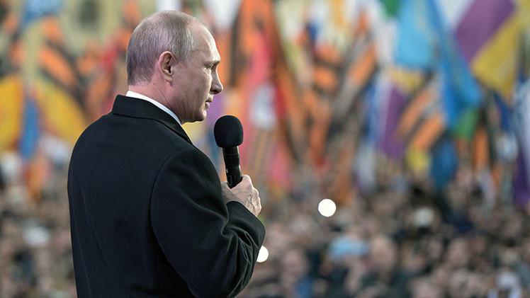 """Cofundador de la CNN: """"Putin no se corresponde con la imagen de malvado que hemos creado de él"""""""