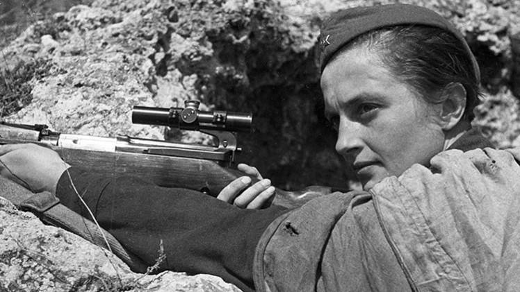 Conozca a la francotiradora soviética que mató más de 300 nazis en la II Guerra Mundial