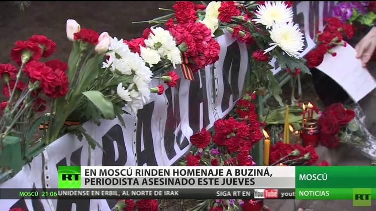 Moscú rinde homenaje a Buziná, el periodista asesinado en Ucrania