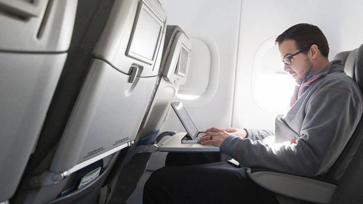 ¿Dónde está el piloto?: Tragedias inesperadas como la de Germanwings serán posibles mediante WiFi