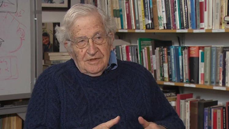 """Chomsky: """"La deuda griega debe ser condonada, como la de Alemania en 1953"""""""