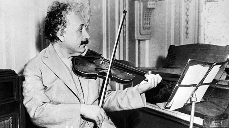El peculiar viaje solitario del cerebro de Albert Einstein cumple 60 años