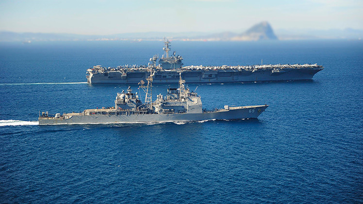 Un buque de EE.UU. se dirige a las aguas yemeníes a interceptar un posible envío de armas de Irán
