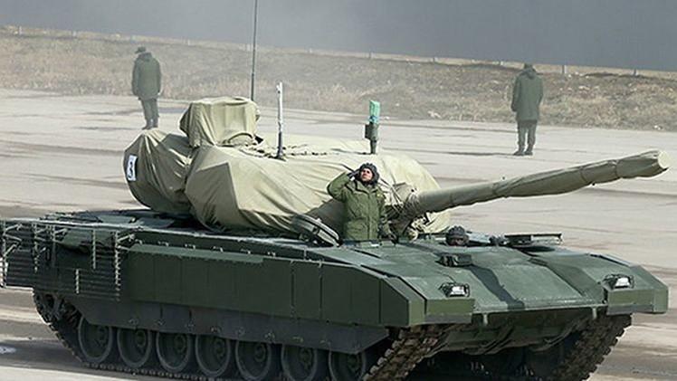 Rusia filtra imágenes de su nuevo tanque Armata y vehículos blindados