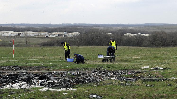 Un forense revela datos secretos sobre el accidente del MH17 en Donbass