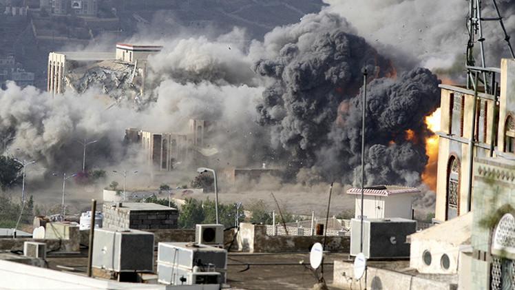 FUERTES IMÁGENES: ¿Es así la Restauración de la Esperanza? Espeluznante bombardeo a Yemen