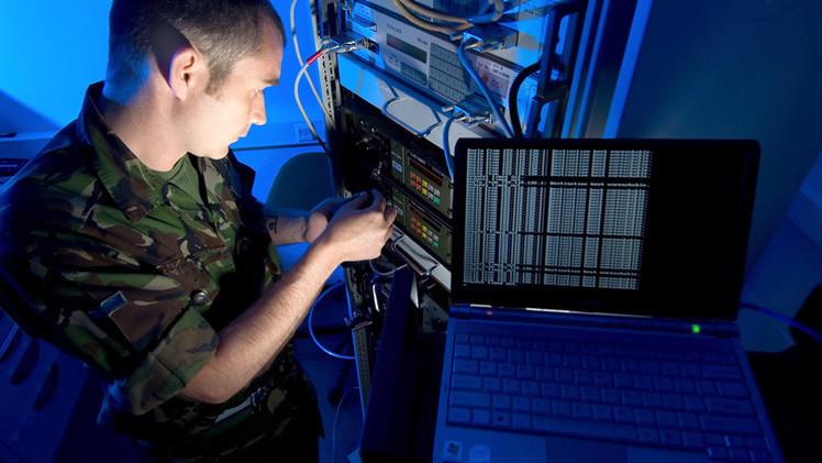 """""""Los enemigos 'abstractos' en los ciberejercicios de la OTAN son el EI y Rusia"""""""