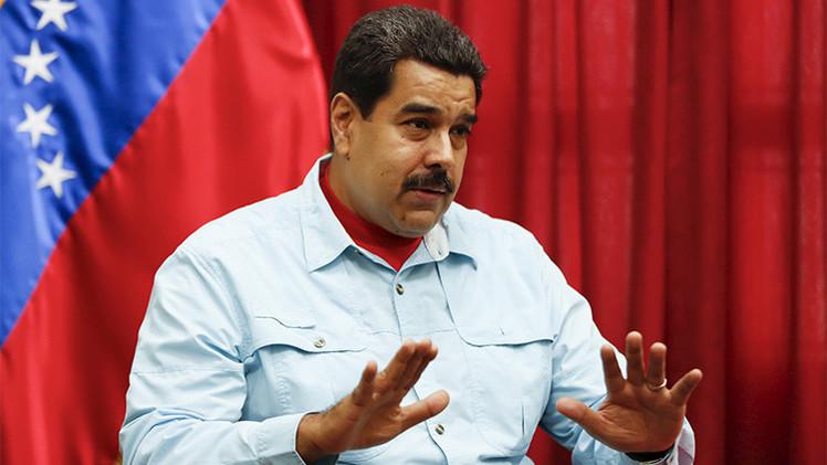 """""""Aquí está mi mano, tómala"""": Maduro apuesta por la reconciliación con Rajoy"""