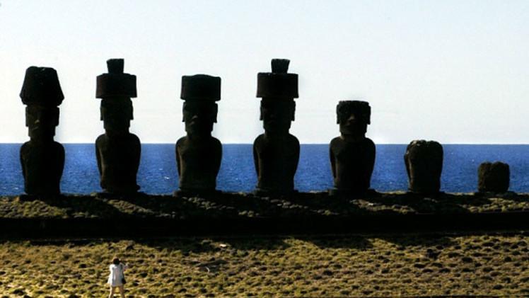 Descubren cómo pudieron poner los tocados en las estatuas de la isla de Pascua