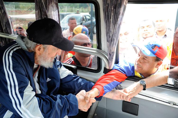 Fidel Castro participa en el encuentro de solidaridad con Venezuela