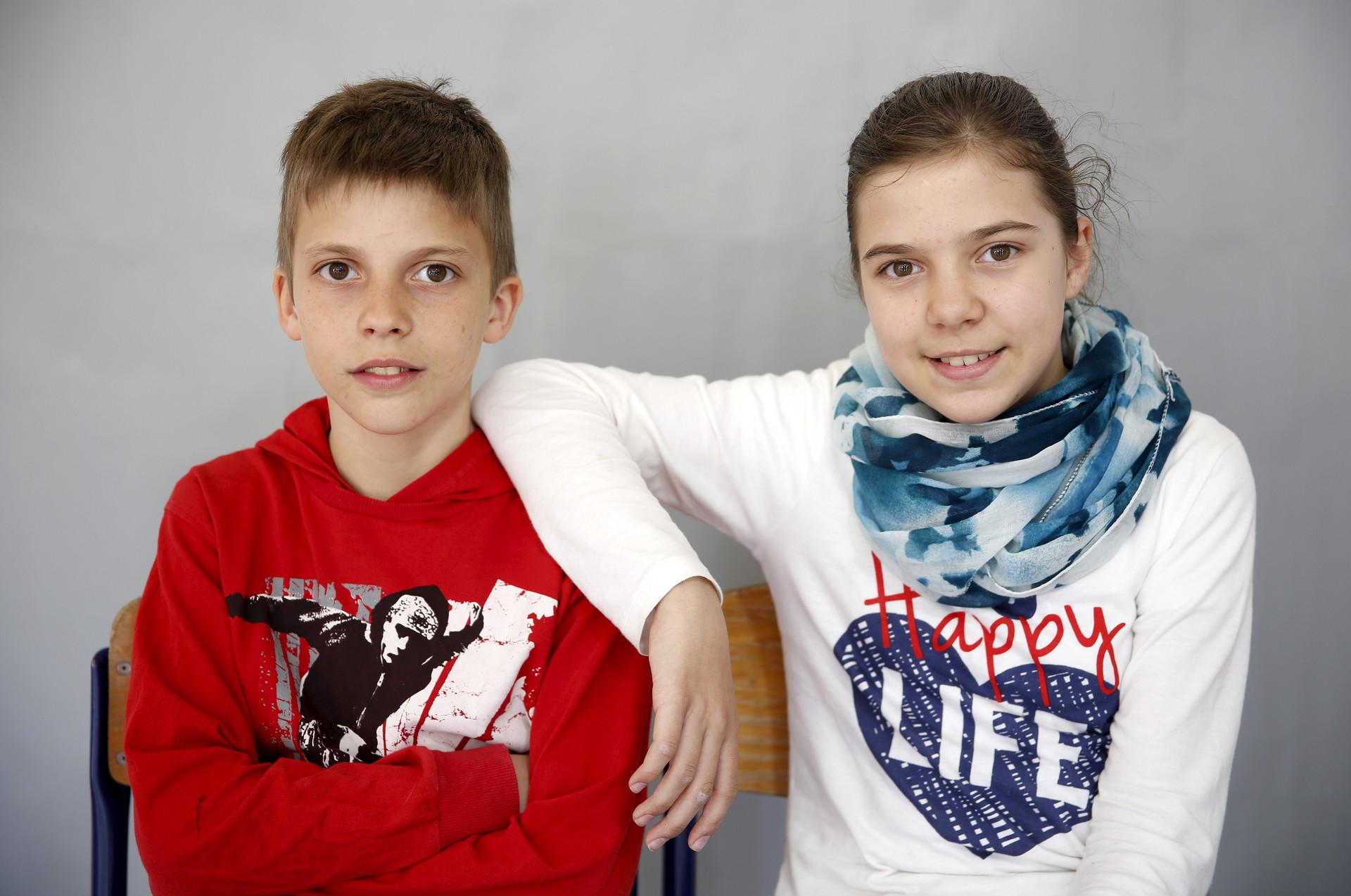Almina (derecho) y Almin Duranovic