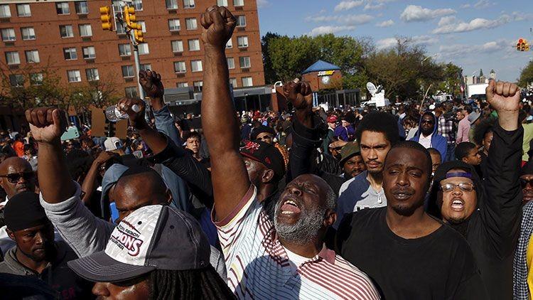Manifestantes en Baltimore