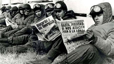El 33 aniversario de la Guerra de las Malvinas, conmemorado nadando en aguas heladas