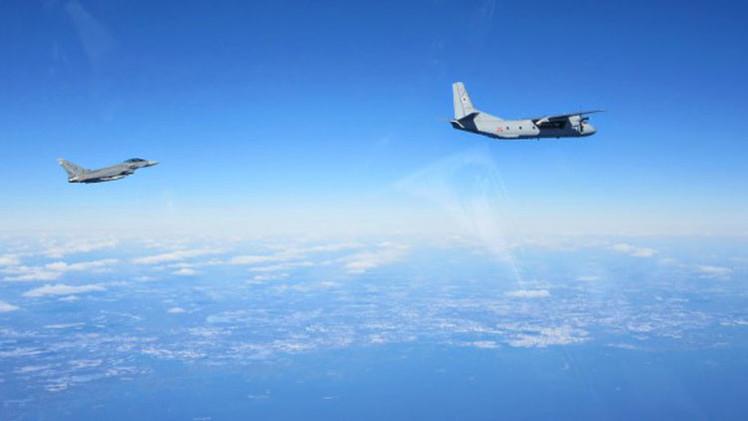 Fotos: Aviones españoles escoltan a supuestos cazas rusos en el Báltico