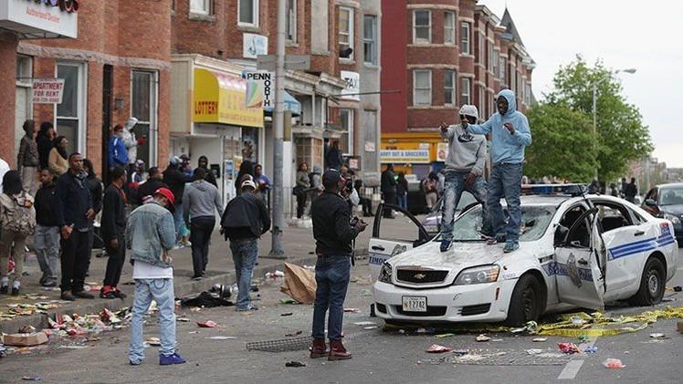 El homicidio de Gray salió más barato que romper la ventanilla de un coche patrulla