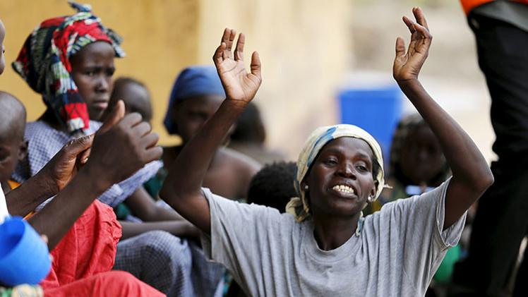 """""""Cada día moría una de nosotras"""": exrehenes de Boko Haram relatan el horror del cautiverio"""