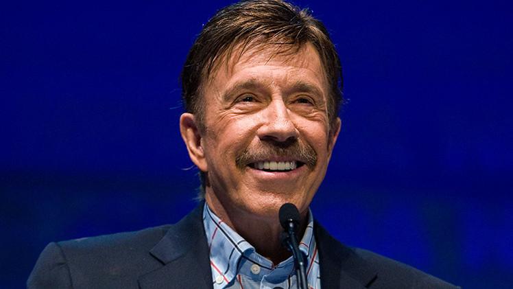 Chuck Norris advierte de una posible ocupación militar de Texas por el Pentágono