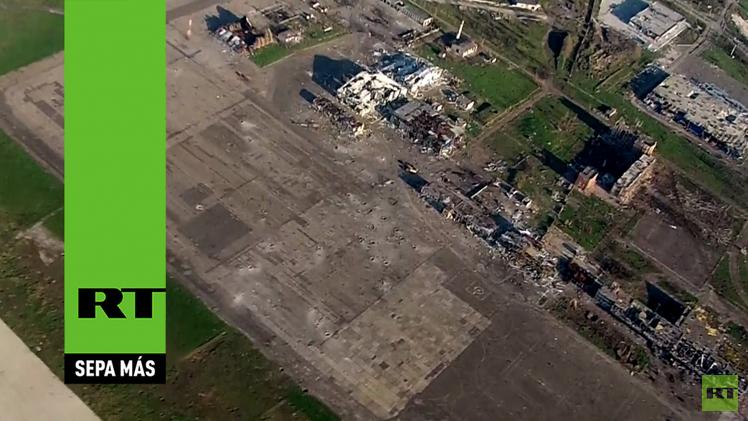Video impactante: El aeropuerto de Donetsk, foco de la guerra en Ucrania, a vista de dron