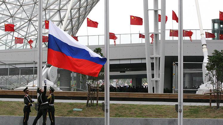 """""""Las relaciones entre Rusia y China son un ejemplo brillante para todo el mundo"""""""