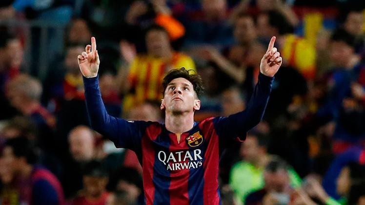 Un Messi mágico pone al Barça con pie y medio en la final de la Champions (3-0)
