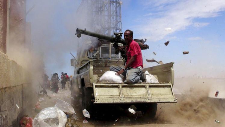 """Yemen urge a la ONU a una intervención terrestre para """"salvar"""" al país"""