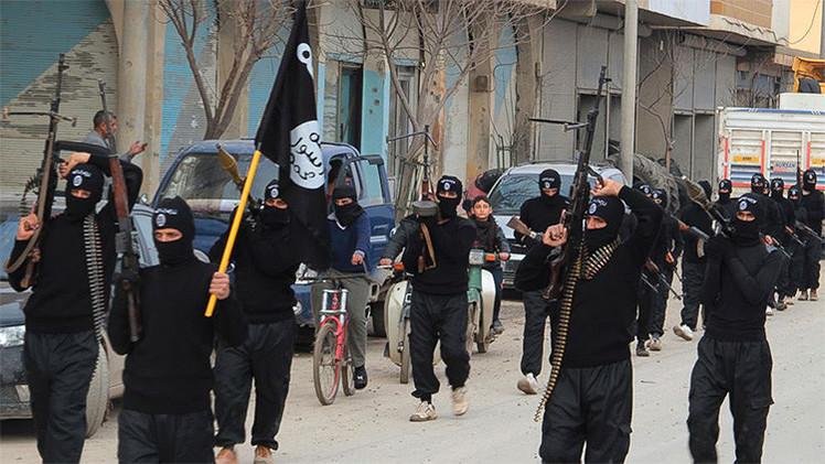 """El Estado Islámico advierte de que tiene 71 combatientes """"listos para atacar"""" en EE.UU."""
