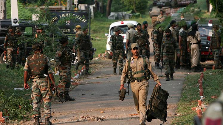 Maoístas toman centenares de rehenes en la India
