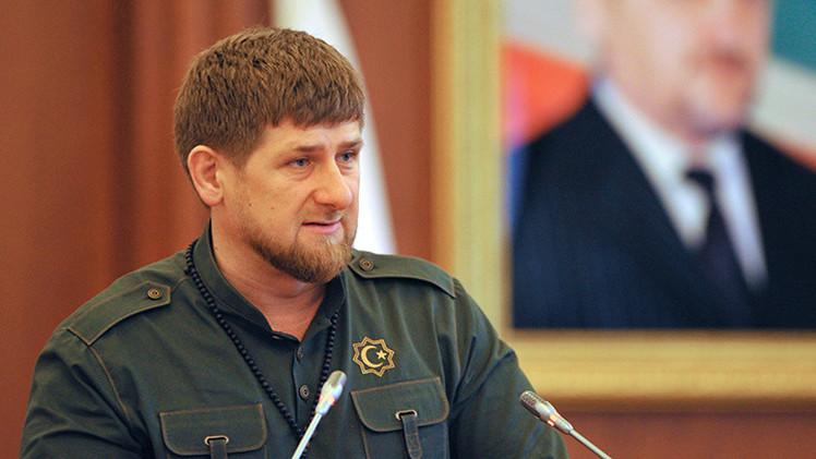 El líder checheno critica a Obama por su ausencia en el Desfile de la Victoria en Moscú