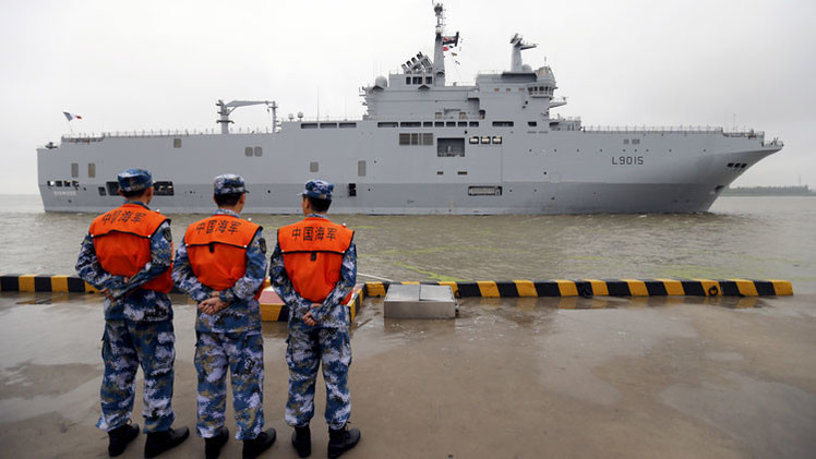 Francia podría venderle a China los buques Mistral construidos para Rusia