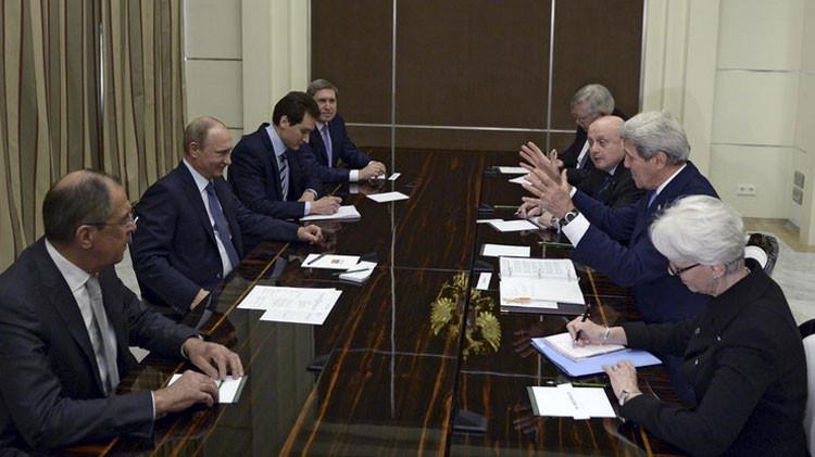 La reunión de John Kerry con Vladímir Putin descongela las relaciones entre Rusia y EE.UU.