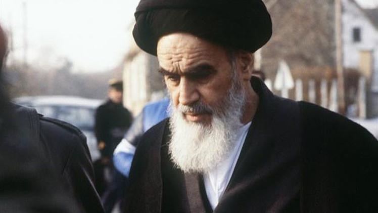 El sah de Persia pidió al Mossad que asesinara al ayatolá Jomeini