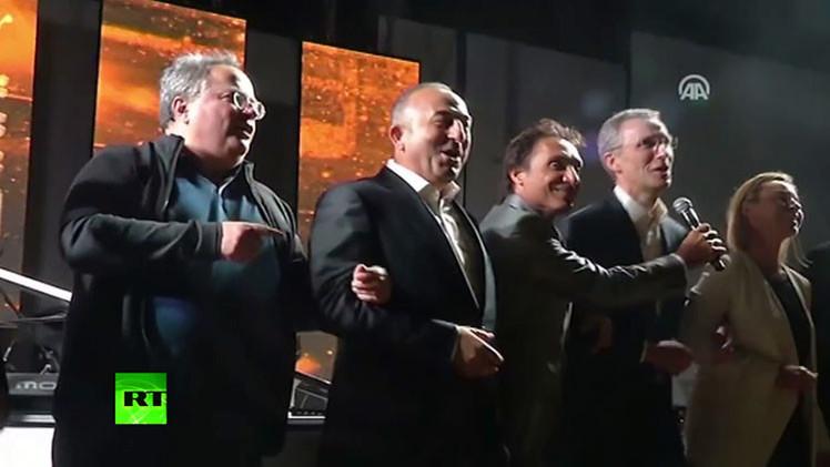 """VIDEO: Vea la canción con la que la OTAN """"infundió el miedo en el corazón del Kremlin"""""""
