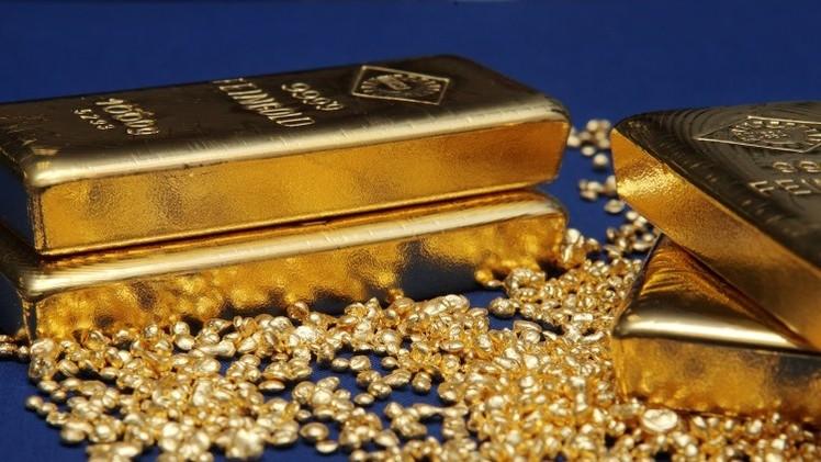 Europa experimenta frenética 'fiebre del oro' por temor a un colapso económico