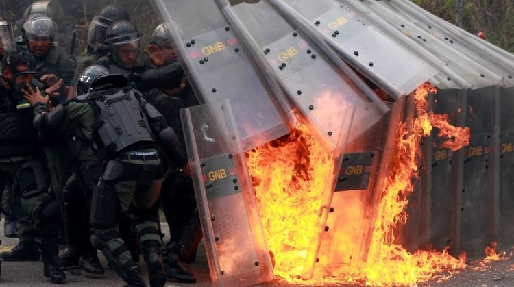 Maduro: Derecha venezolana y colombiana está vinculada con criminales para crear caos