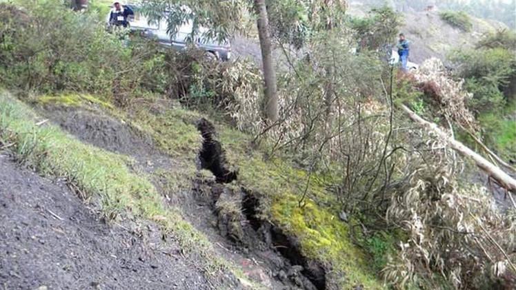 Perú declara el estado de emergencia en un distrito que está siendo tragado por la tierra