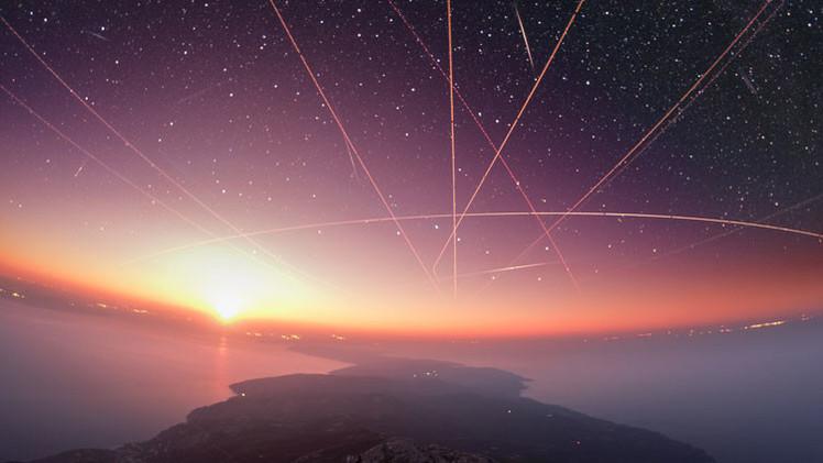 Imágenes espectaculares de la ruta de la EEI y la Vía Láctea entre ruinas griegas