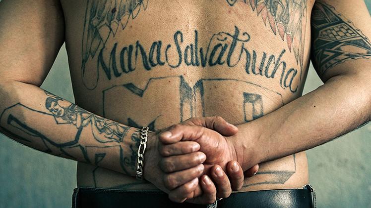 El lenguaje secreto de las maras: Cómo las pandillas atemorizan al continente americano