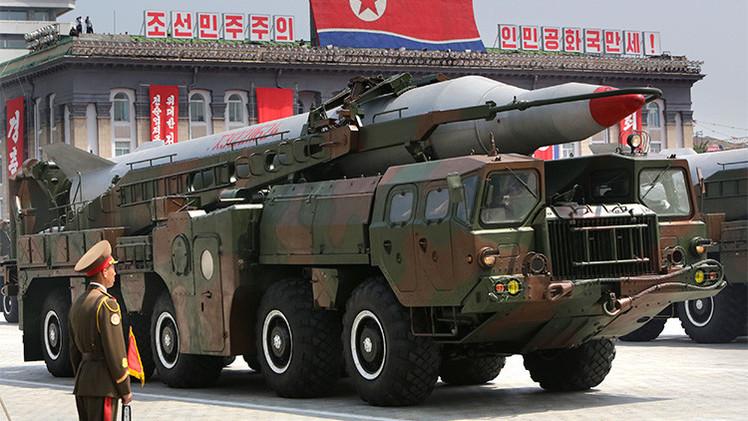 Corea del Norte afirma haber reducido el tamaño de sus armas nucleares para portarlas con misiles