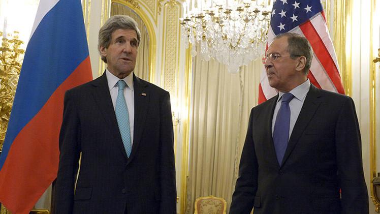 Neil Clark: Occidente tiene miedo del monstruo que ha creado en Ucrania
