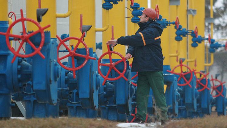 EE.UU. tiene miedo de ceder Europa al gas ruso, opina Paul Craig Roberts