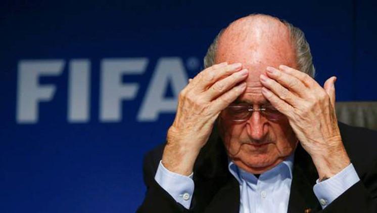 """Joseph Blatter: """"Es un momento difícil para el fútbol, los aficionados y la FIFA"""""""