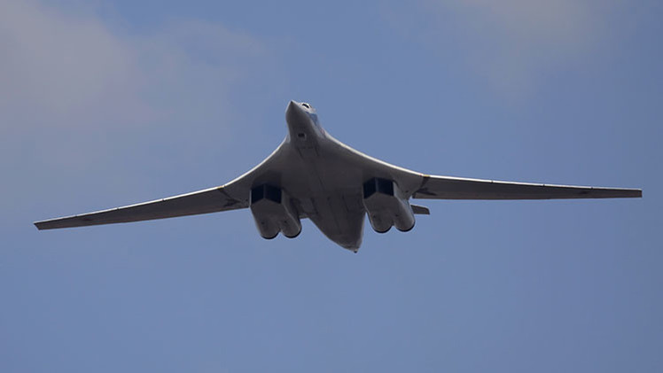 Rusia vuelve a fabricar el Tu-160, el avión más potente del mundo