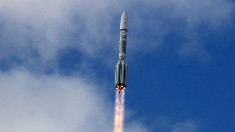 Fallo en el motor de la tercera etapa causó la avería del Protón-M que portaba un satélite mexicano