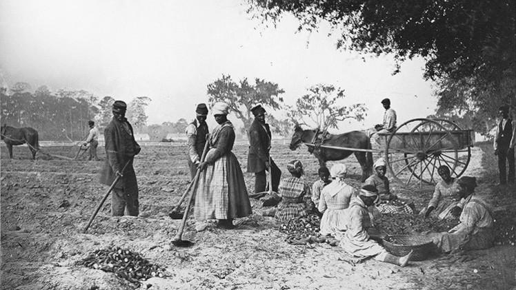 ¿Por qué EE.UU. debe 6,4 billones de dólares a los descendientes de esclavos?